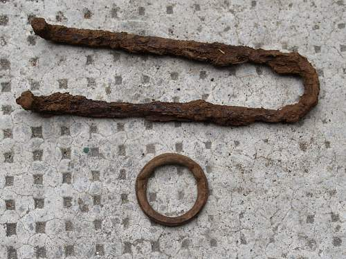 fuse tool and unknown ring to ID