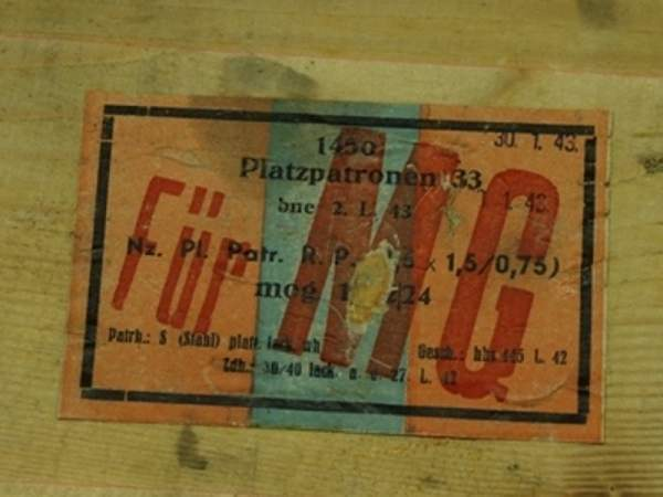 (Oksnevad 2) from Norway Wonderfully interesting platzpatrone 33 fur MG  Ctg...and Wooden box with label