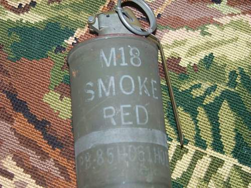 US smoke red grenade from ww2?