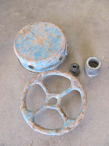 Three practice anti-tank mines found in desert need to be ID'ed