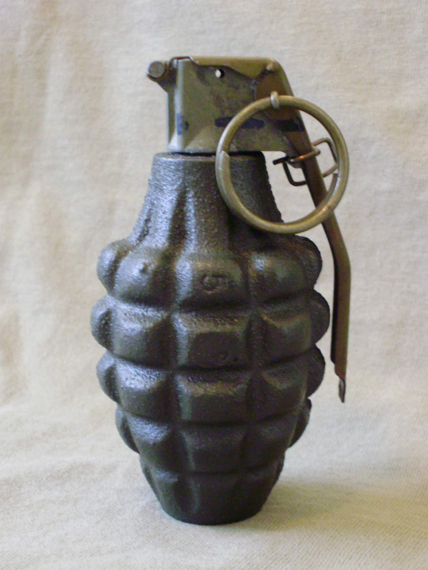 trying to identify this us grenade. Black Bedroom Furniture Sets. Home Design Ideas