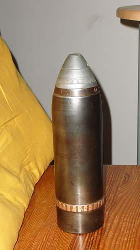 Old artillery shell id needed?