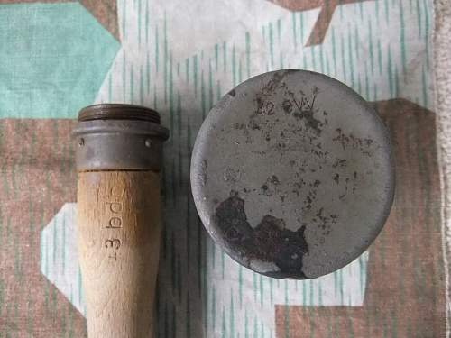 Click image for larger version.  Name:M24 Grenades 037.jpg Views:81 Size:229.2 KB ID:296392
