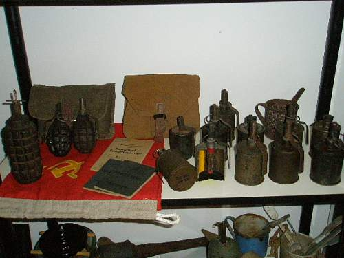 Pics Russian F1 War Time Grenade?? Possible French F1??