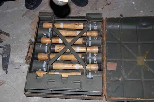 German smoke Grenade Manual