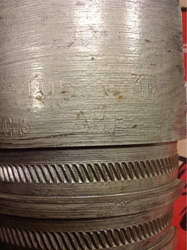 Identify 105mm artillery shell?