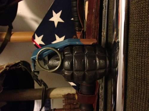 identifying hand grenade