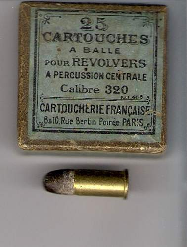 old 320, ammo + box, french