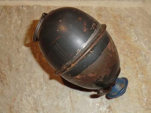 Egg grenade