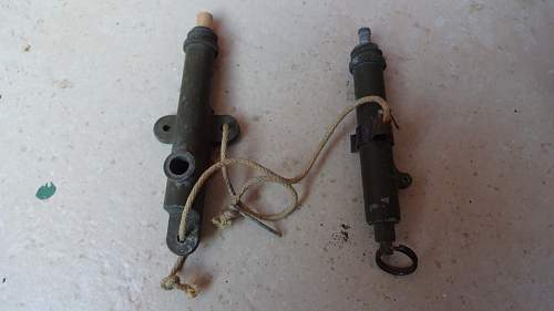 WW2 US MK2 grenade booby-trap fuze types?