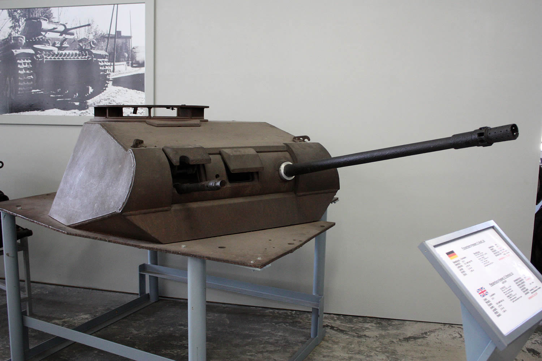 german 20mm 2cm panzergranate 40. Black Bedroom Furniture Sets. Home Design Ideas