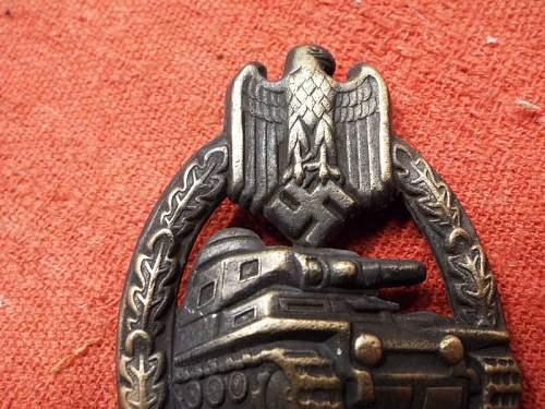 Panzerkampfabzeichen in Bronze real or fake help needed