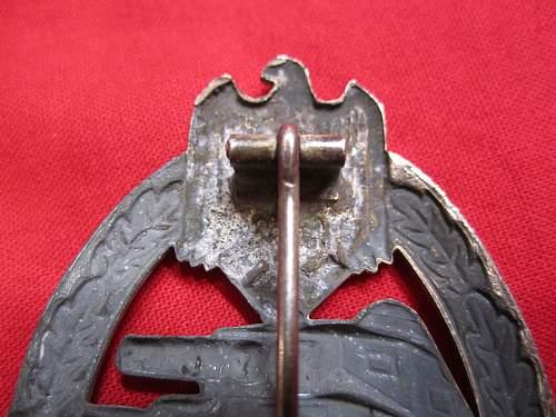 Panzerkampfabzeichen in Silver Help Please