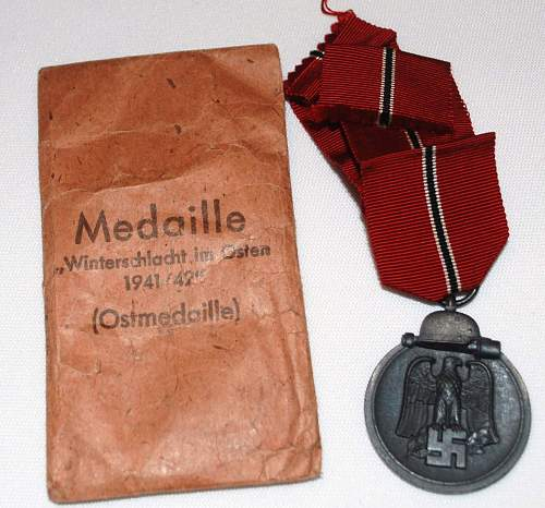 Click image for larger version.  Name:Nazi Medals 003.jpg Views:54 Size:245.9 KB ID:160281