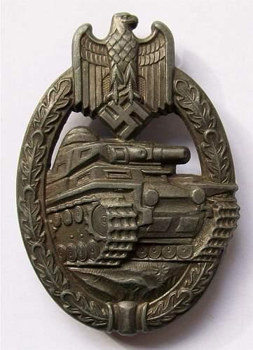'Daisy' Panzerkampfabzeichen in bronze.