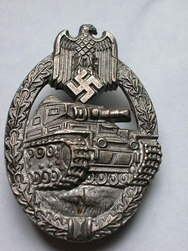 Panzerkampfabzeichen in Silver.