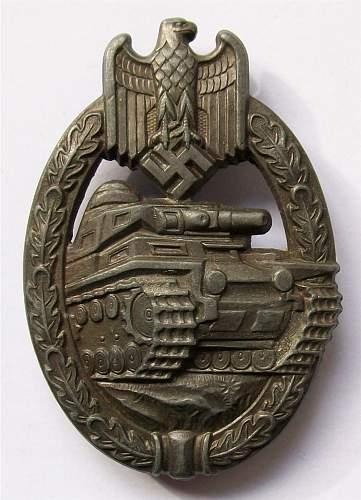 Panzerkampf abzeichen bronze Original or fake?