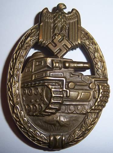 Panzerkampfabzeichen in Bronze to share
