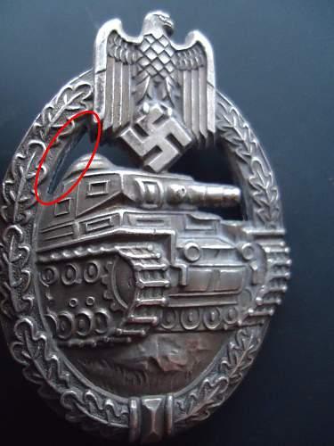 Who made this Panzerkampfabzeichen?