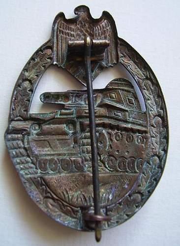 Panzerkampfabzeichen in Bronze Original??