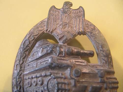 Panzerkampfabzeichen  authentication please