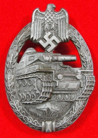 Panzerkampfabzeichen in bronze!