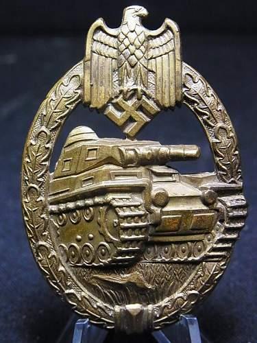 """Wurster Hollow Tombak """"Organised Grass Pattern"""" Panzerkampfabzeichen in Bronze."""