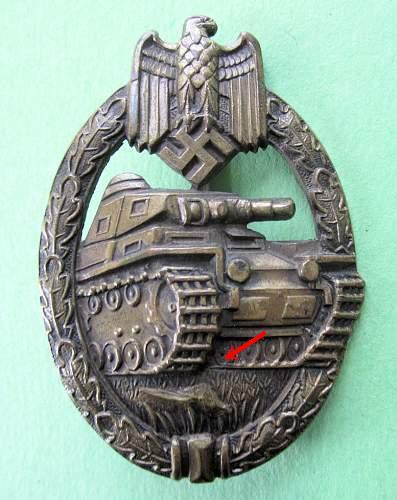 tombak PAB in bronze