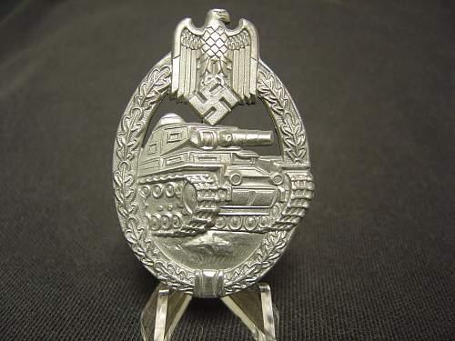 Minty Panzerkampfbzeichen badge silver