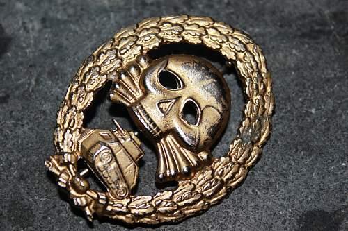 Panzer SS badge genuine ?