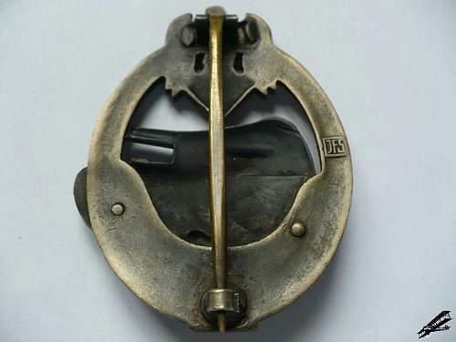 Panzerkampfabzeichen II Stuffe in Bronze JFS - ask for help