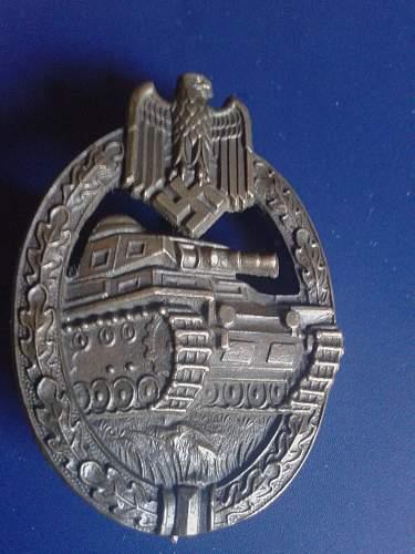 Panzerkampfabzeichen in Bronze- fake or original?