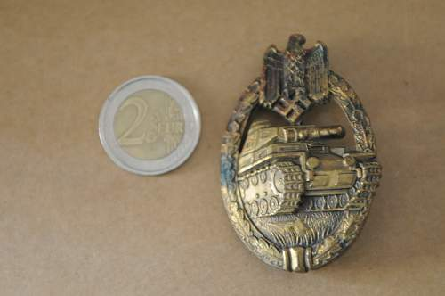 Click image for larger version.  Name:Panzer Badge front.jpg Views:66 Size:208.2 KB ID:935628