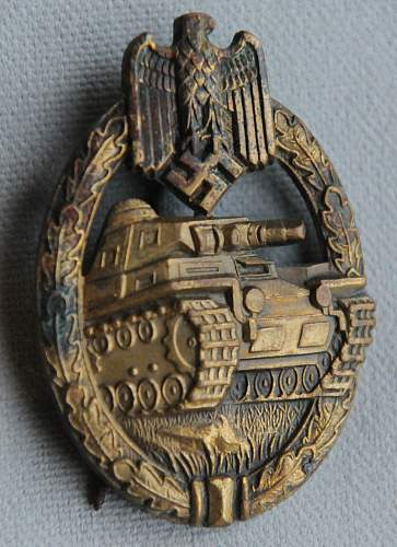 Click image for larger version.  Name:Panzer Badge front_.jpg Views:96 Size:220.9 KB ID:935769