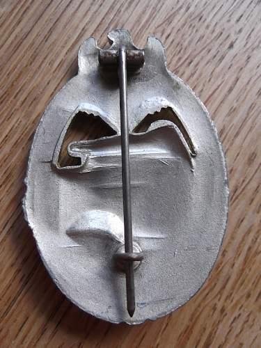 Panzerkampfabzeichen in Silver, 'Daisy' variation