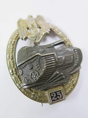 Panzerkampfabzeichen II Stufe 25 fake or real