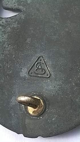Panzerkampabzeichen silber real or fake