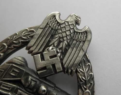 Panzerkampfabzeichen in Silber The unmarked Wiedmann?