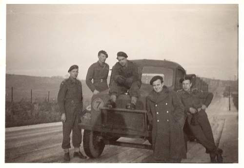 Click image for larger version.  Name:Dad in Scotland.jpg Views:114 Size:242.6 KB ID:324914