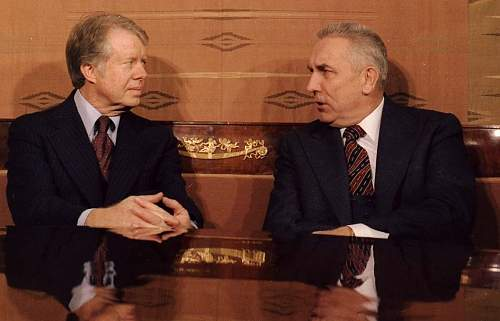 Click image for larger version.  Name:Jimmy-carter-and-edward-gierek-first-secretary-of-poland.jpg Views:105 Size:57.6 KB ID:677377