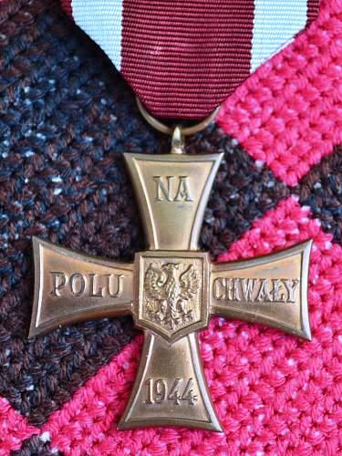 Polish Valour Cross (1944). Opinions needed