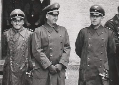 Click image for larger version.  Name:Hitlerjugend officers2.jpg Views:3365 Size:103.9 KB ID:575963