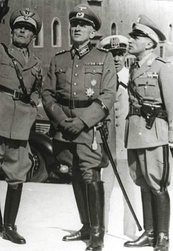Click image for larger version.  Name:zoll-3  hossfeld rome 1942 - general Aymonino.jpg Views:196 Size:145.9 KB ID:764327