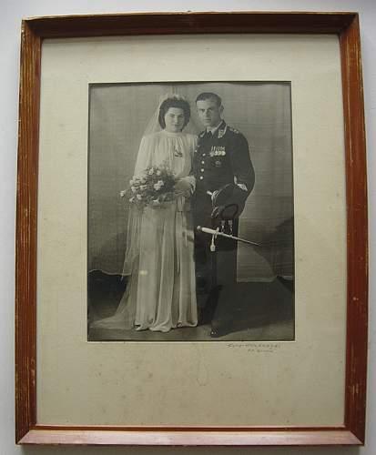 Click image for larger version.  Name:Luftwaffe framed wedding portrait photo 001.jpg Views:154 Size:190.8 KB ID:97741