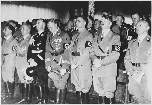 Click image for larger version.  Name:Nuremberg%201938%20Nazi%20Party%20congress%20with%20Hitler%20and%20top%20Nazis.jpg Views:162 Size:182.4 KB ID:98041
