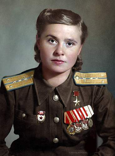 Outstanding colorized photos Soviet service men and women in WWII. Flickr by Olga...