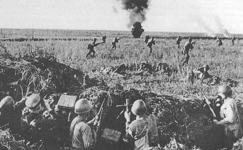 Click image for larger version.  Name:Soviet Army in WWII (561).jpg Views:138 Size:320.8 KB ID:667221