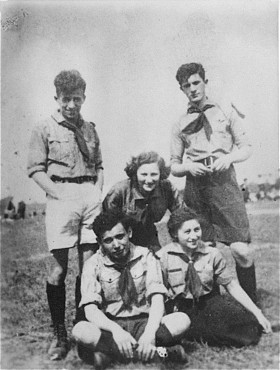 warsaw ghetto uprising essay Read this essay on stonewall's uprising come browse our large digital warehouse of free sample essays  stonewall's uprising in:  the warsaw ghetto uprising.
