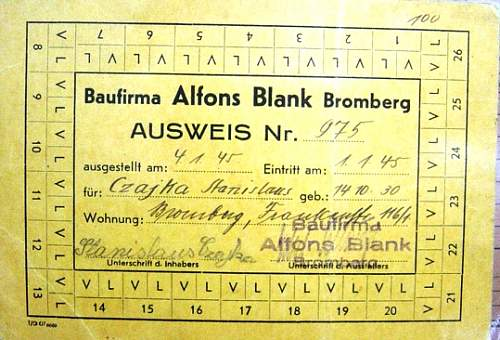 ausweis....letters/numbers?