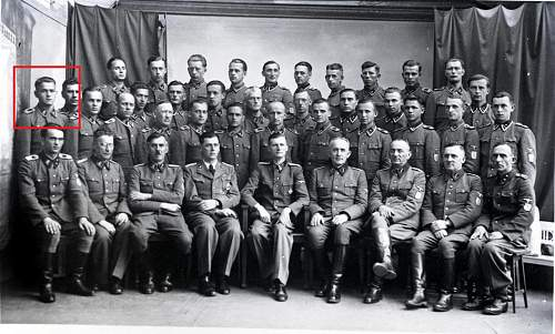 Click image for larger version.  Name:14th Galician Division Photo, Group Photo.jpg Views:15 Size:274.5 KB ID:1081428